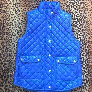 💙 Jcrew's best seller excursion vest